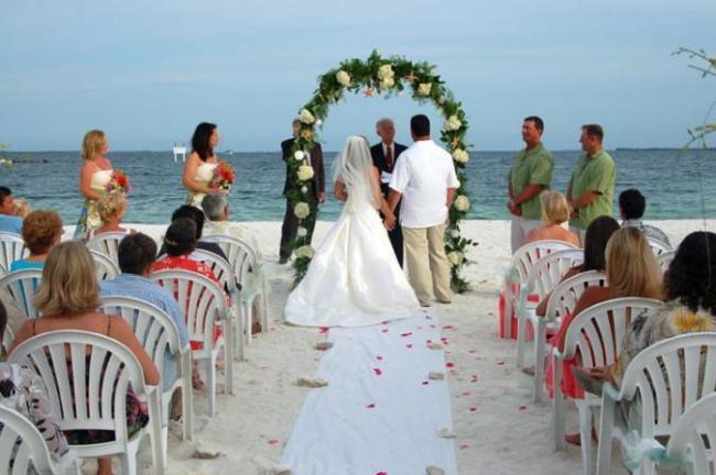 wedding in the Bahamas