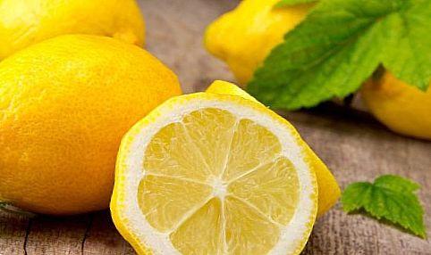 Помогают лимоны от прыщей