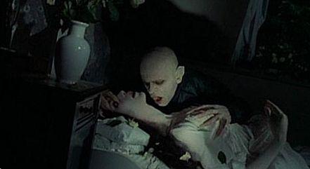 фильм ужасов про замок с привидениями