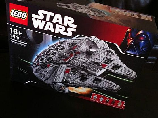 Star Wars Ultimate Collectors Millennium Falcon