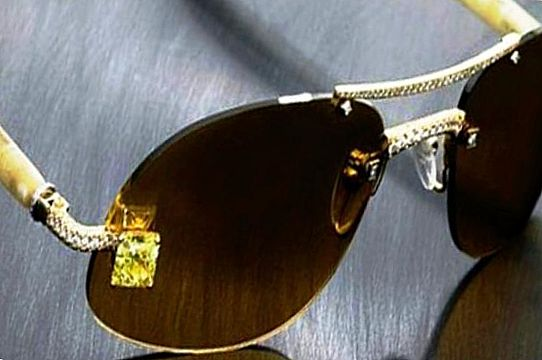 Очки Luxuriator Canary Diamond – $65 000